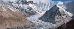 Az olvadó gleccserek komoly veszélyt jelentenek
